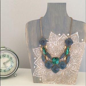 Statement necklace peacock stones